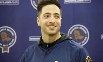 Ryan Braun still popular with fans at Brewers event