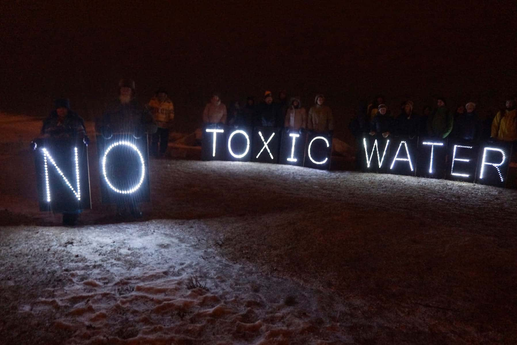 01_012616_ToxicWater_257