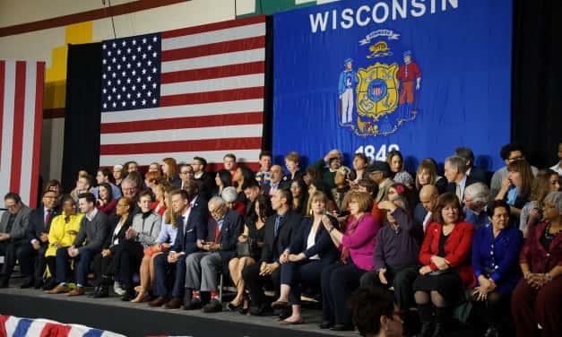 Milwaukee leaders welcome President Obama