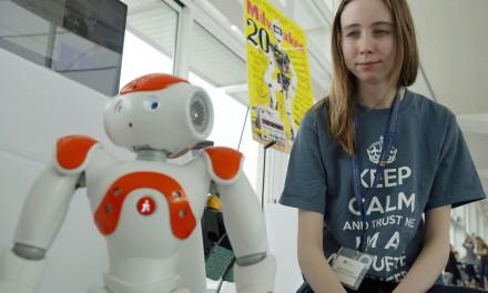 Co-Robots for CompuGirls