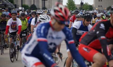 Photo Essay: Cyclists support the Arts with lakefront ride