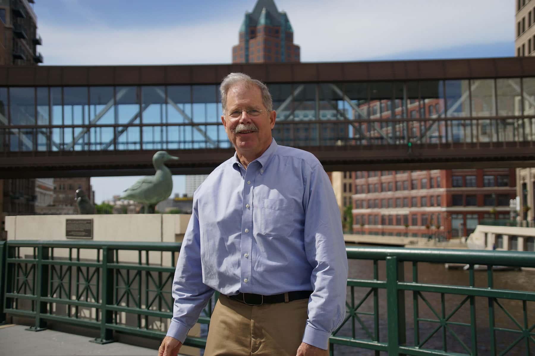 Photo Essay Filming On Active Bridges  The Milwaukee Independent Gurdawieye