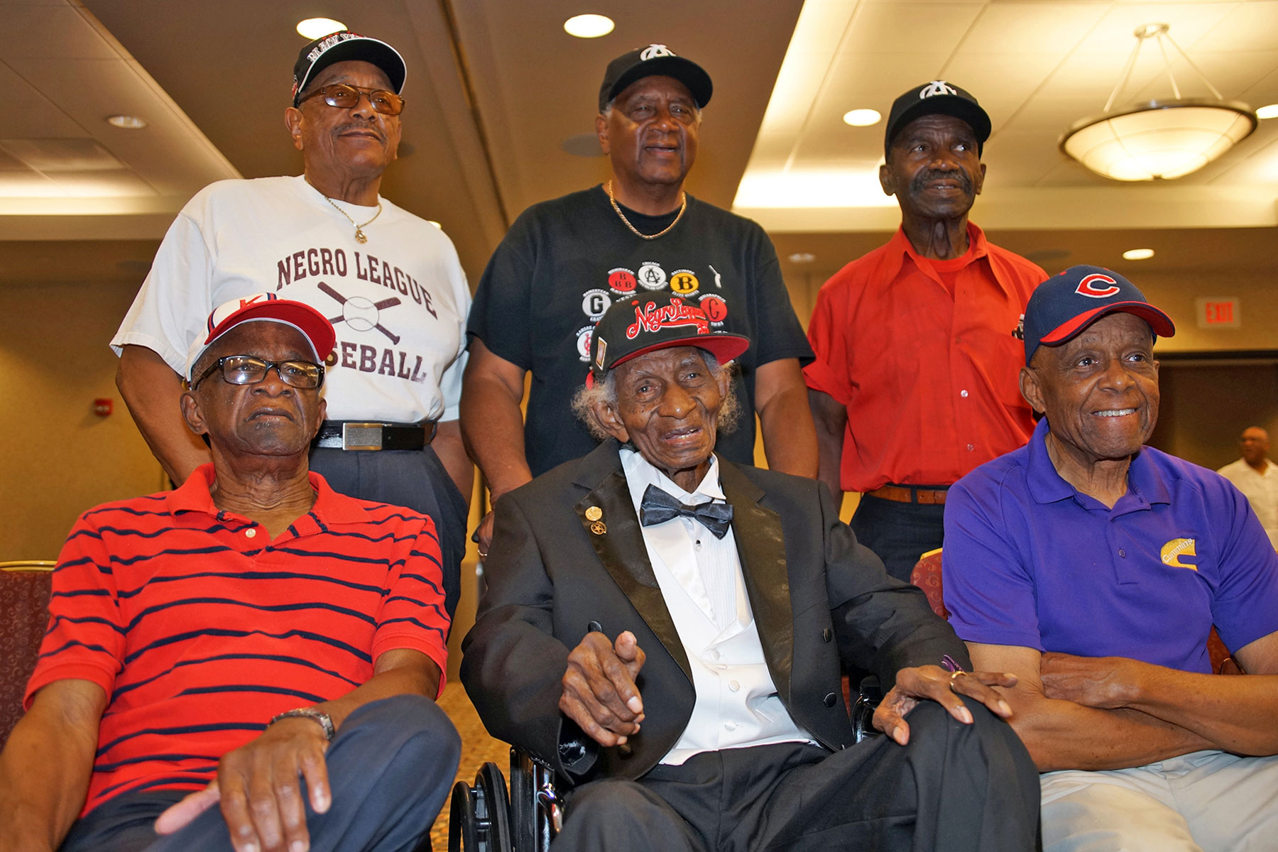 a0eab61d805 After the Milwaukee Brewers honored Negro Baseball League players during a  special Tribute Game at the Miller Park Stadium on June 25