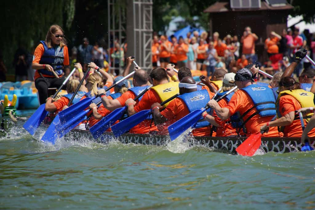 01_073016_DragonBoatRace_4865