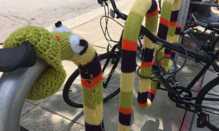 Guerrilla knitters create yarn graffiti for Alzheimer's awareness
