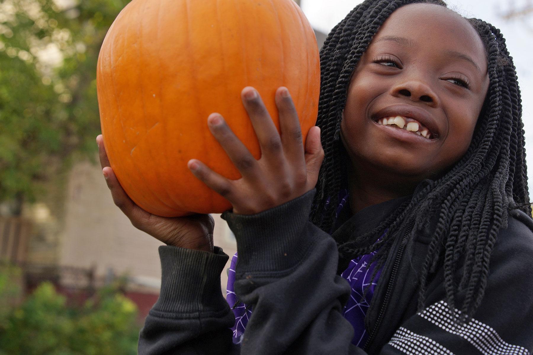 102916_pumpkinsnorth_0318