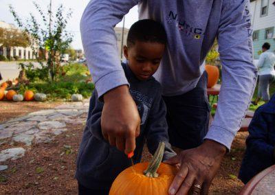 102916_pumpkinsnorth_1053