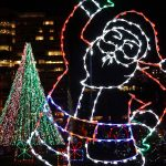 MCTS lists Milwaukee's 12 most festive holiday destinations to visit by bus