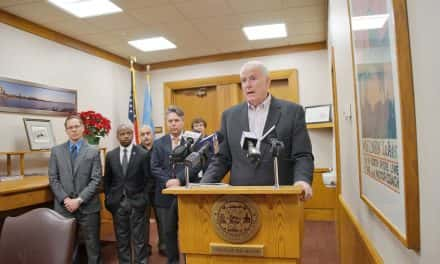 Lead pipe removal ordinance signed by Mayor Barrett