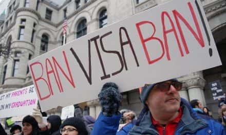 Photo Essay: Immigration under a Federal shadow