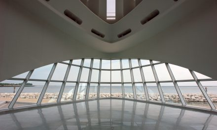 Milwaukee Art Museum to host Easter brunch and April exhibits