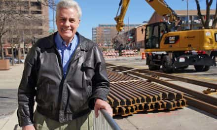 Milwaukee public gets first look at streetcar rail construction
