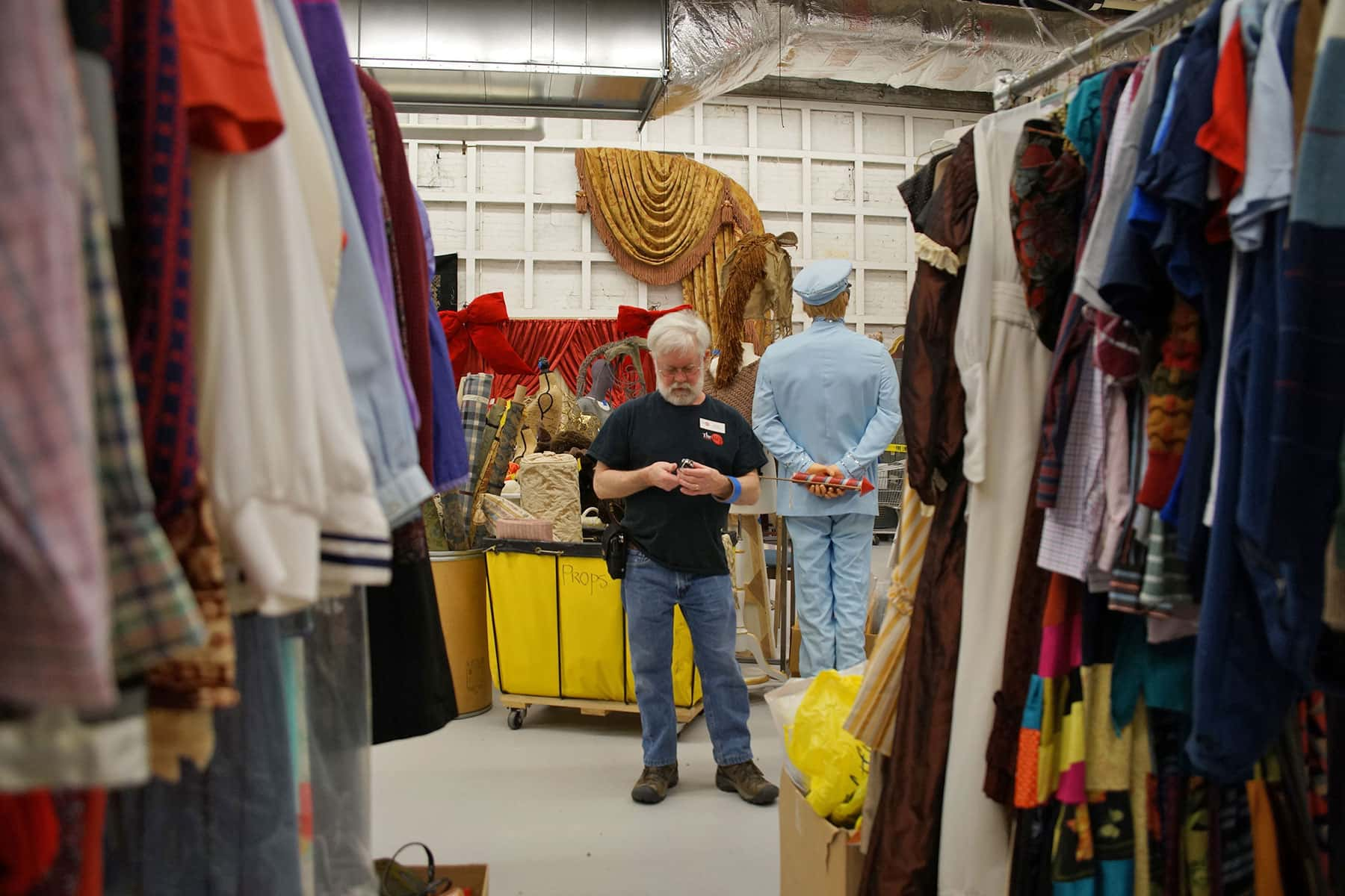 01_042917_therepgaragesale_0469