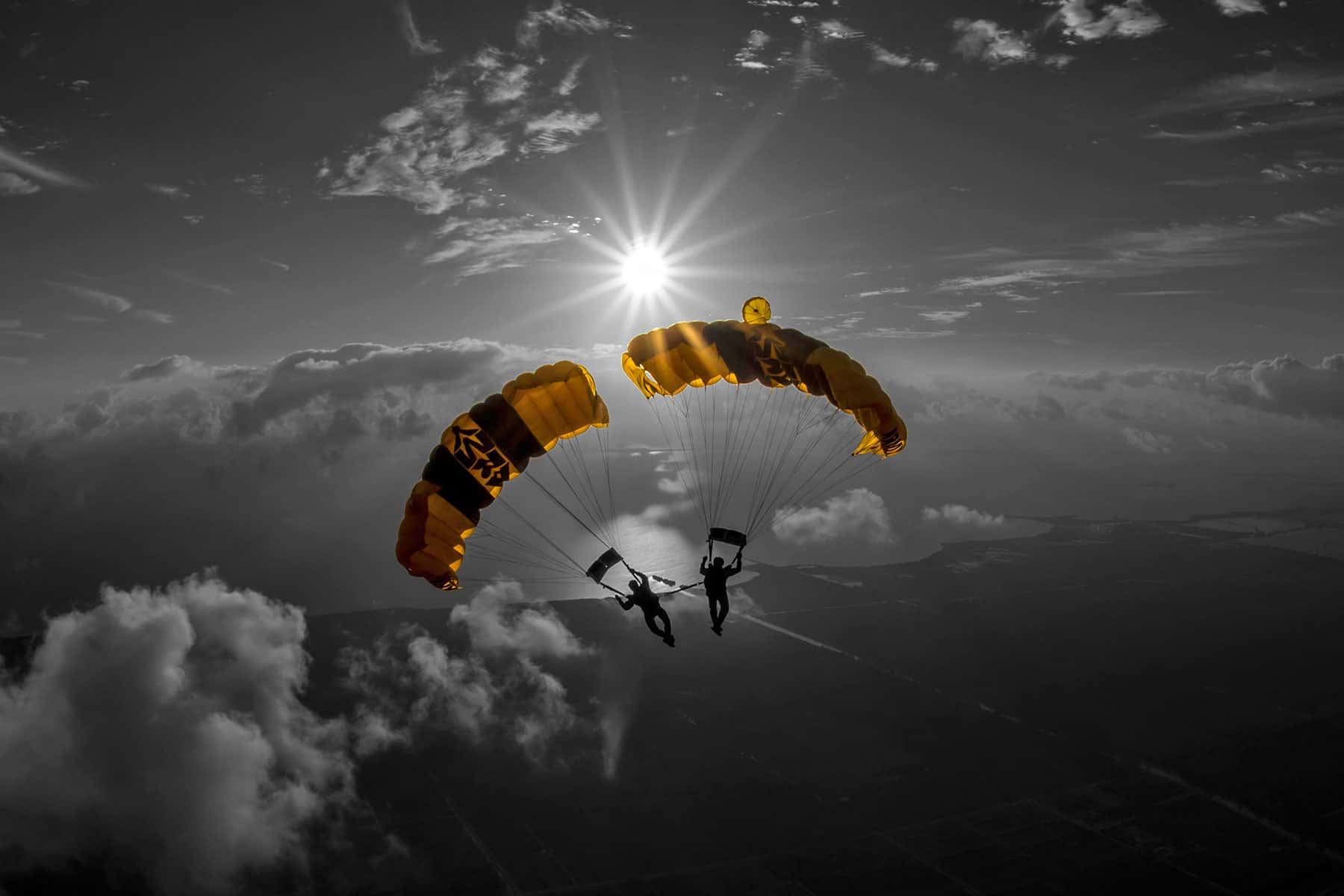 photo essay falling the golden knights demonstration  the golden knights are a demonstration parachute team of the united states army members of the black team staged precision fall landings at the 2017
