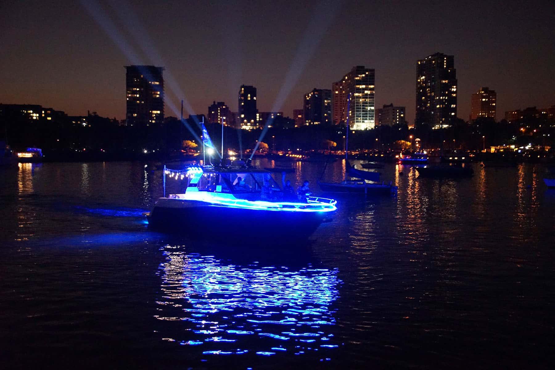 03_081917_venetianboatparade_289