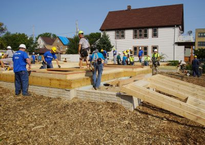 091117_habitatbuild_339