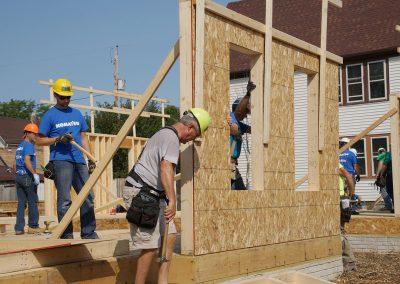 091117_habitatbuild_599