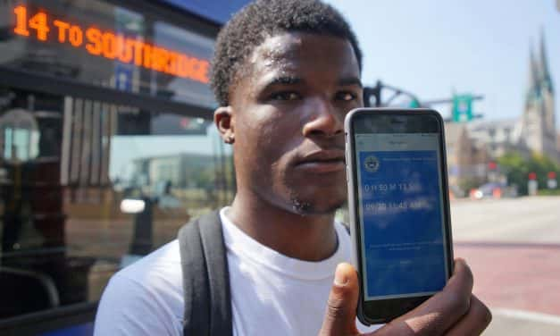New mobile app lets MCTS riders plan trips and pay bus fares from an iPhone