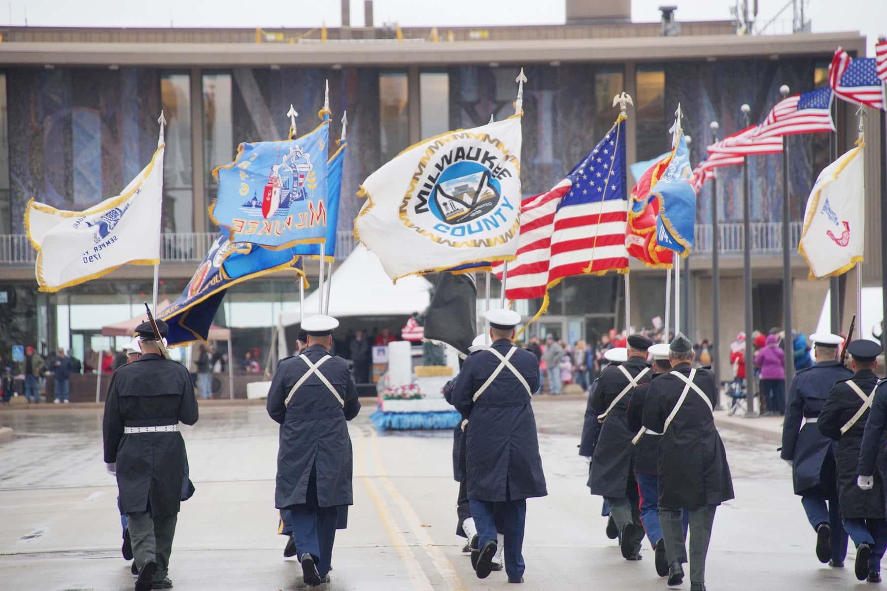 02_110417_veteransdayparade_0931