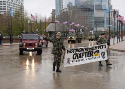 110417_veteransdayparade_1411