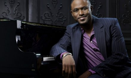 Wayne Brady to perform at 6th annual Laugh It Up Milwaukee