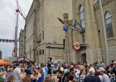 051317_pabststreetparty_0802_yir