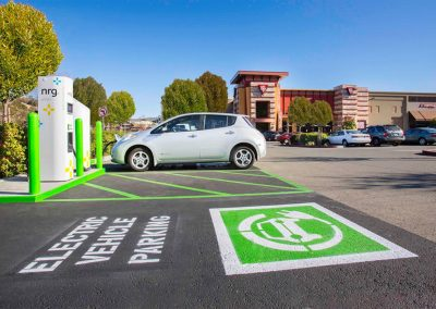 electricvehiclechargingphoto_004