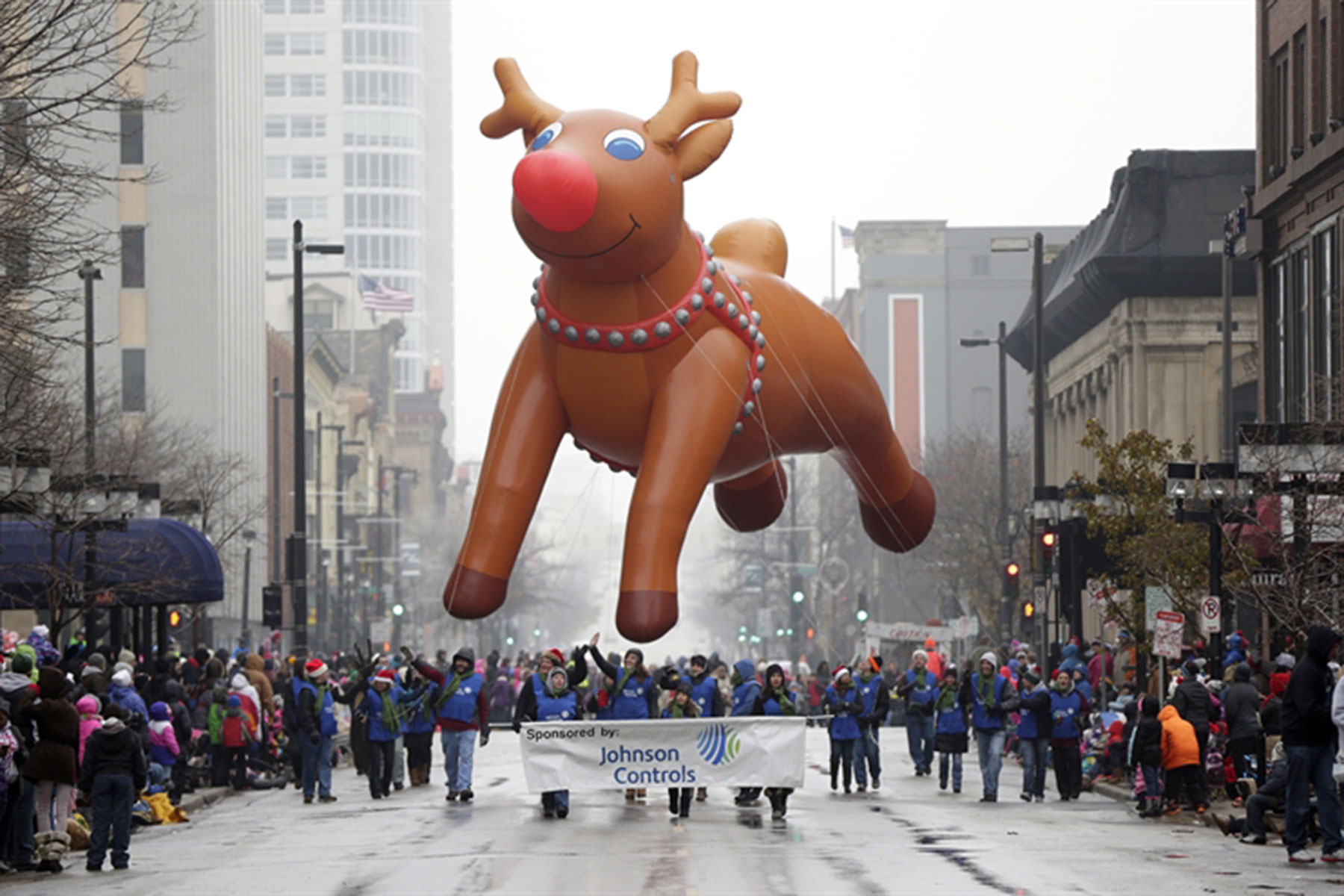 Milwaukee Christmas Parade.Holiday Cheer For Generations Of Milwaukee Families Ends Due