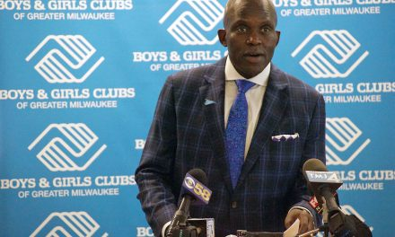 Vincent Lyles steps down from longtime leadership of Boys & Girls Clubs of Greater Milwaukee