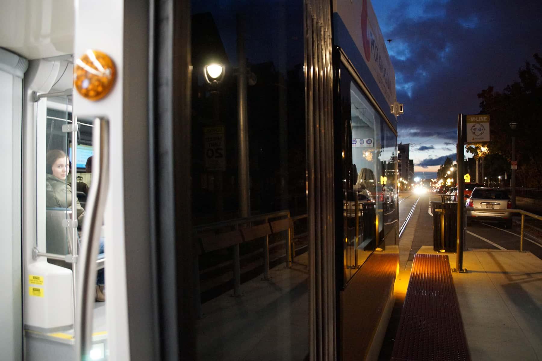 110218_streetcarstartsnight_134