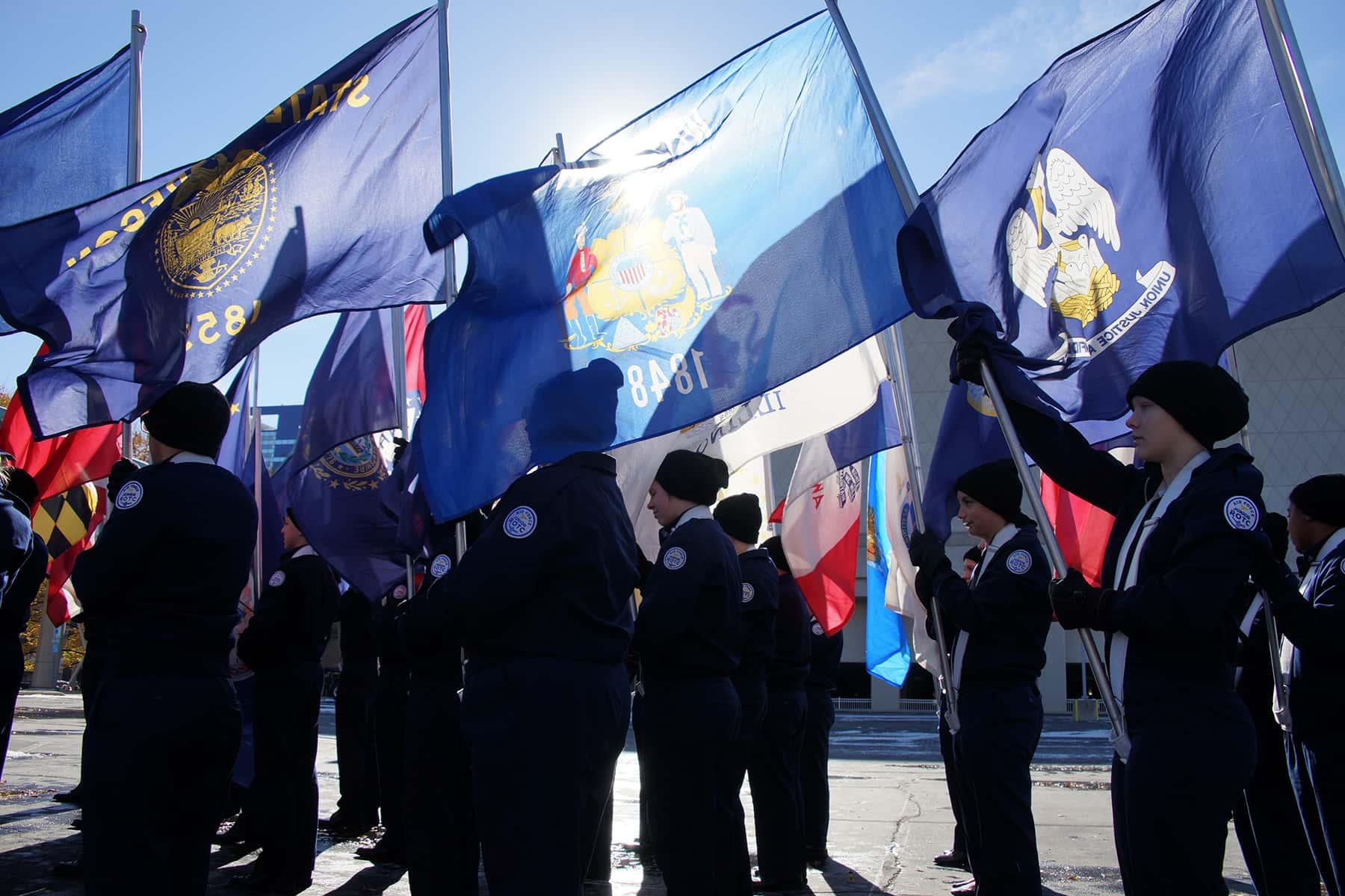 111018_veteransdayparade_0368