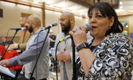 City Hall hosts final celebration of holiday season with Parranda performance