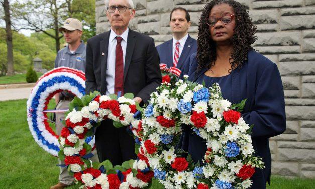 Honoring Fallen Heroes: Wood National Cemetery hosts 2019 Memorial Day tribute
