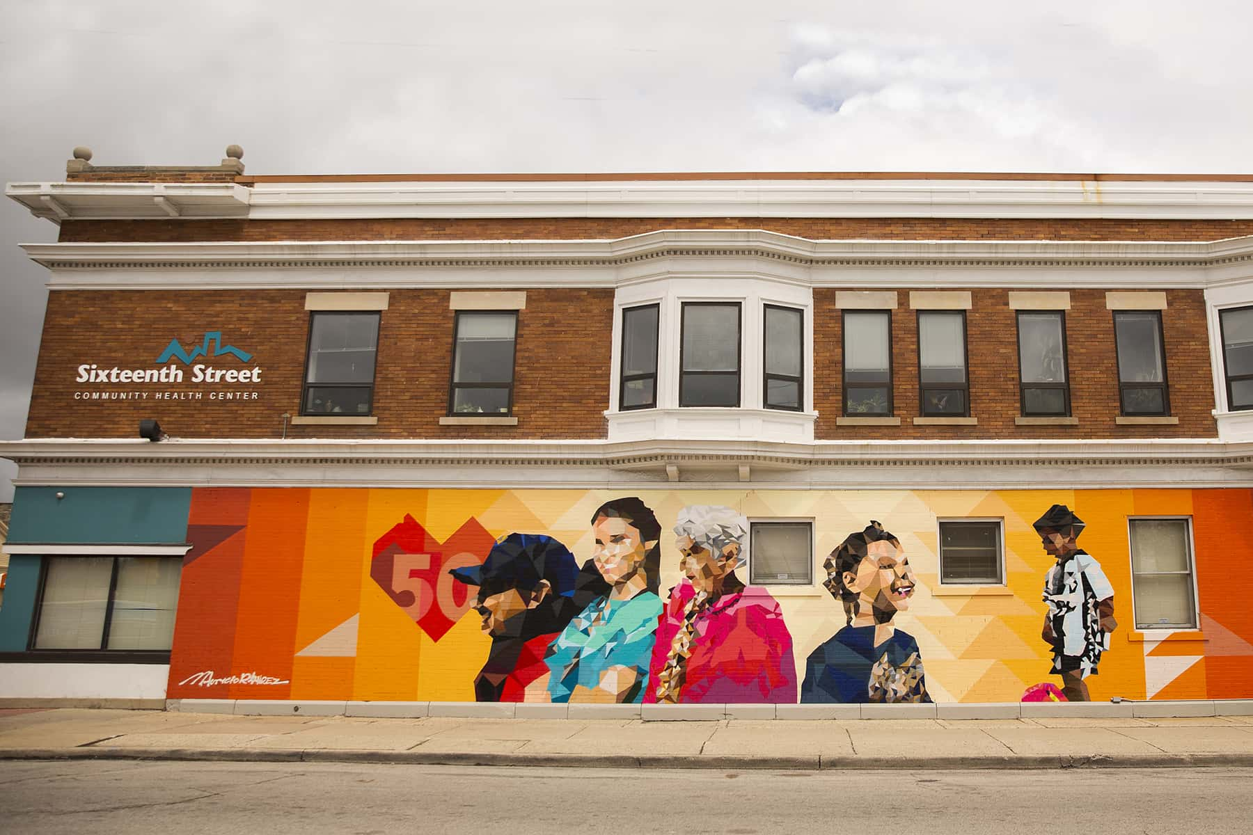 051219_16thstmural50th_09