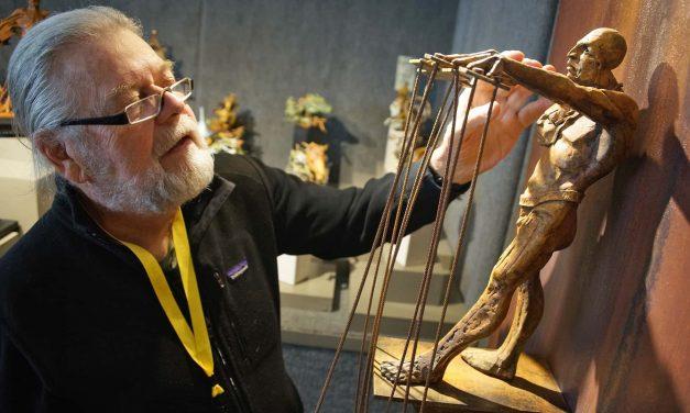 Milwaukee's Lakefront hosts annual celebration of Art