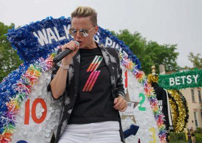 060919_pride2019parade_2134