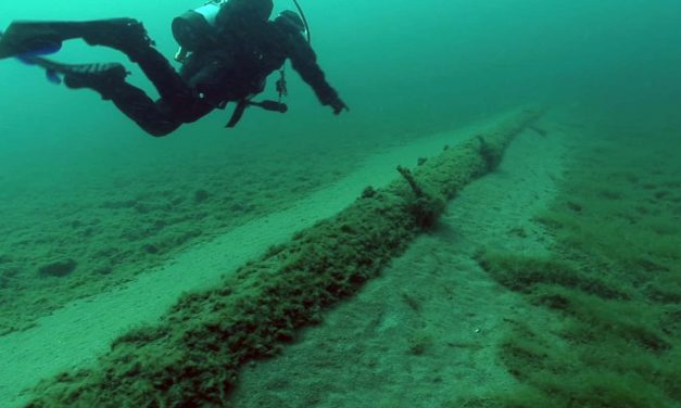 Proposal for new Great Lakes oil pipeline is latest threat to 90% of the nation's freshwater