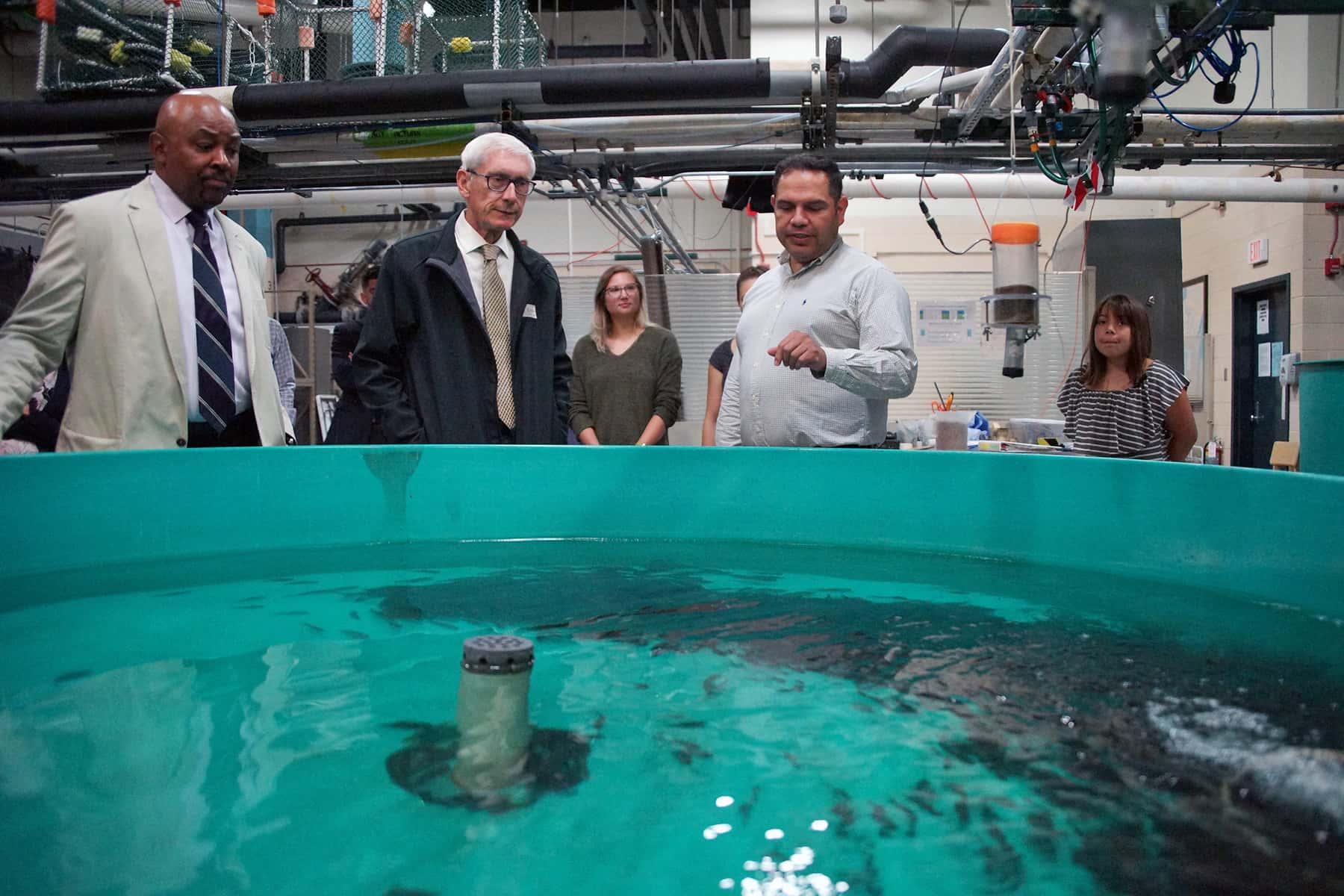 Governor Tony Evers applauds economic benefits of new Freshwater Collaborative during scientific tour - Milwaukee Independent