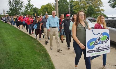 Health and Community Engagement: Mayor Tom Barrett hosts last Walk 100 event of sixth season