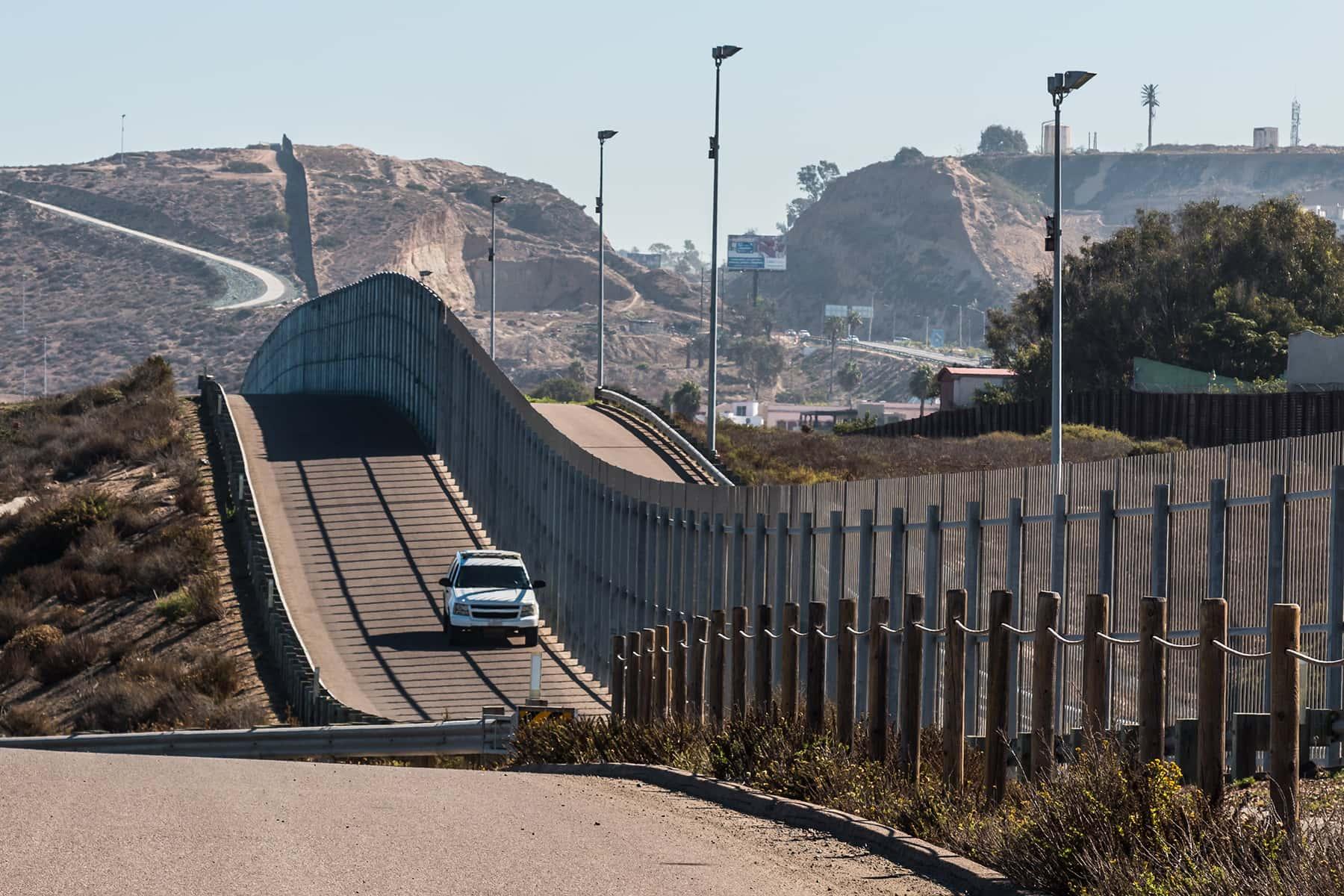 090619_borderwallbudgetwi_02