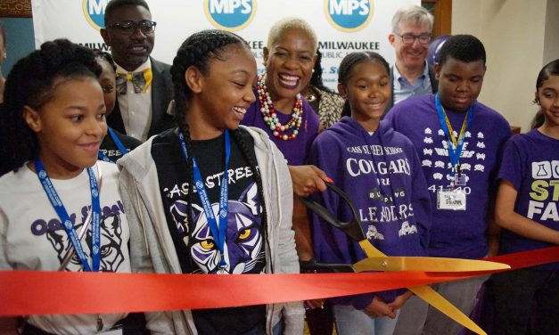 Rockwell Automation helps Cass Street School open STEM Center to give students firsthand experiences