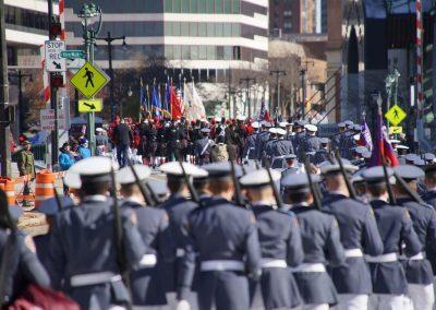 01_111018_veteransdayparade_1078x