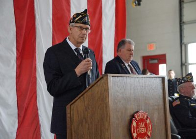 110919_larsonveteransday_0763