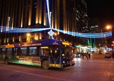 a121719_holidaymcts_265