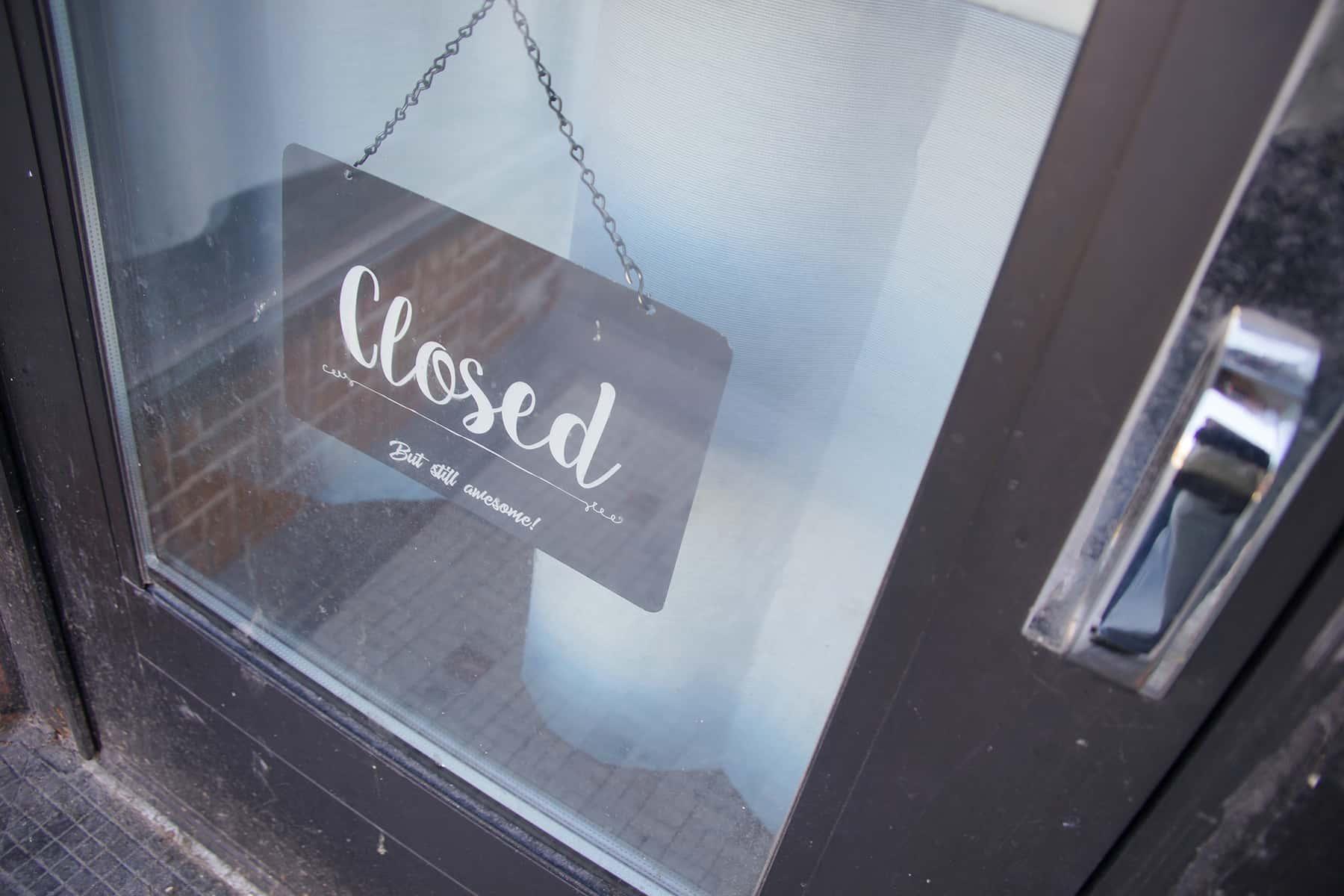 031720_closedcovid19_161