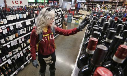 Alcohol-related health woes could follow pandemic as more people binge drink in order to cope