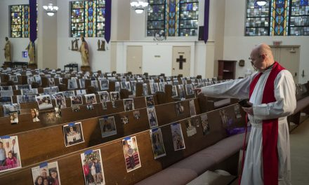 As churches face steep declines religious leaders struggle to build congregations online