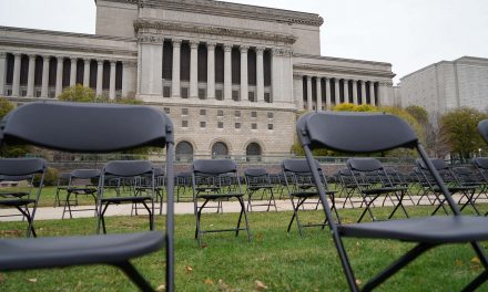 Each empty chair has a story: Memorial honors Milwaukee's 600 victims of the COVID-19 pandemic