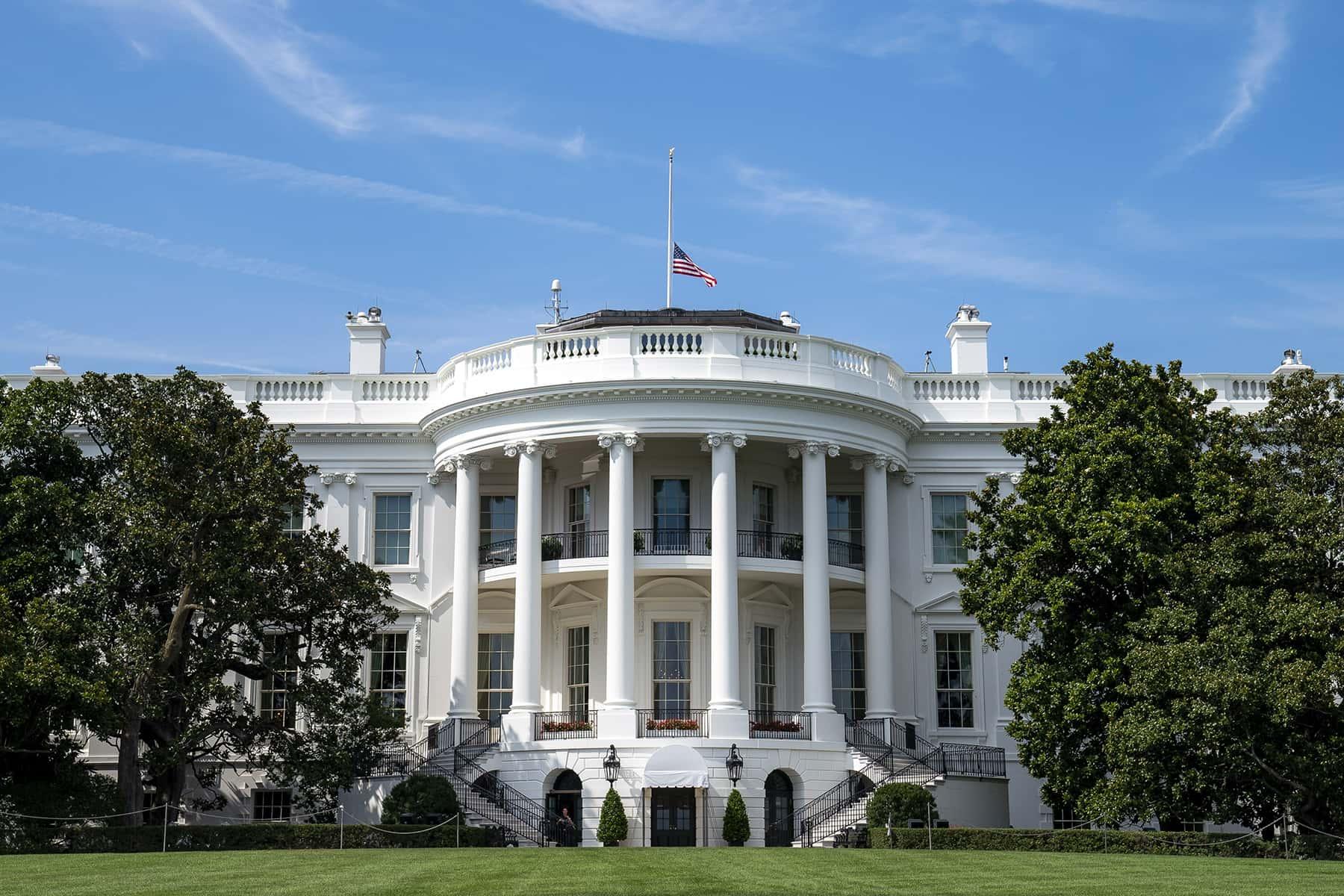 102420_whitehouse_02_tiadufour