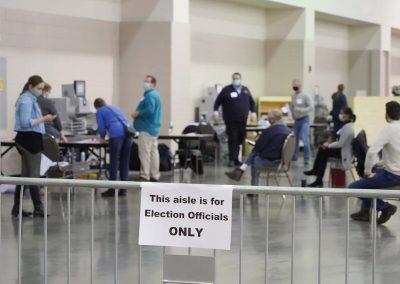 b112320_voterecountday04_1118